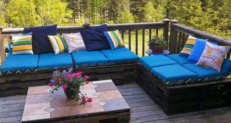 Садовая мебель из поддонов для дачи - как сделать своими руками, фото и идеи